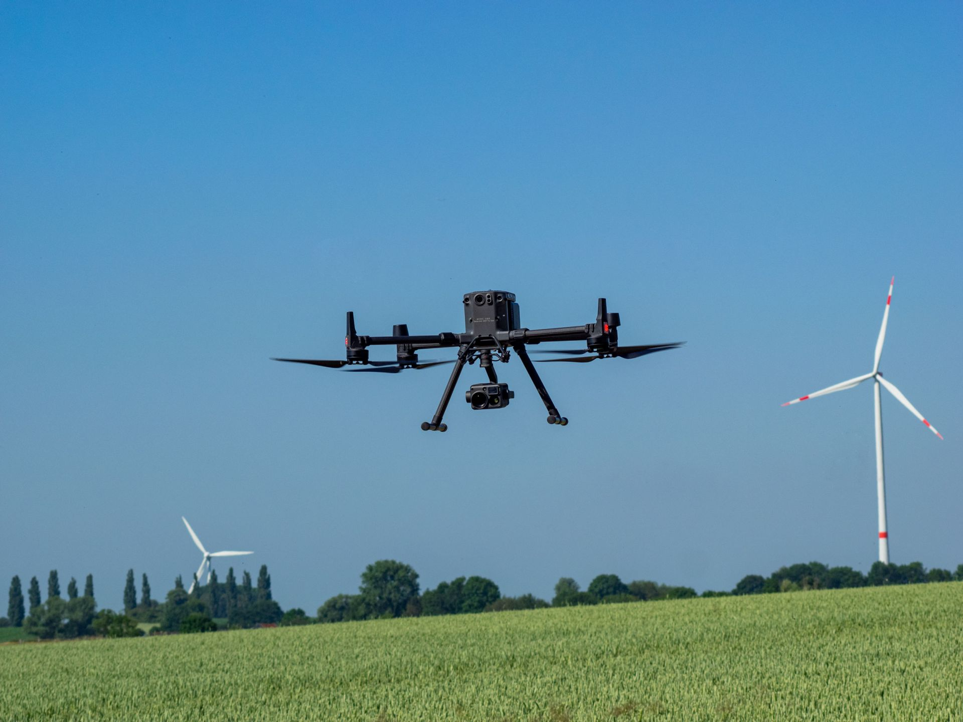 Use of drones aerial photo inspection wind power